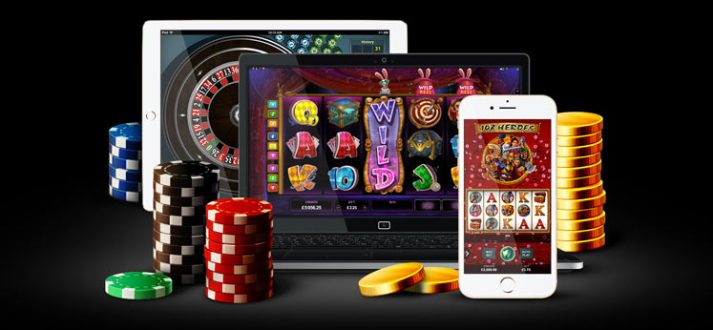 What are the advantages of playing at online casinos?